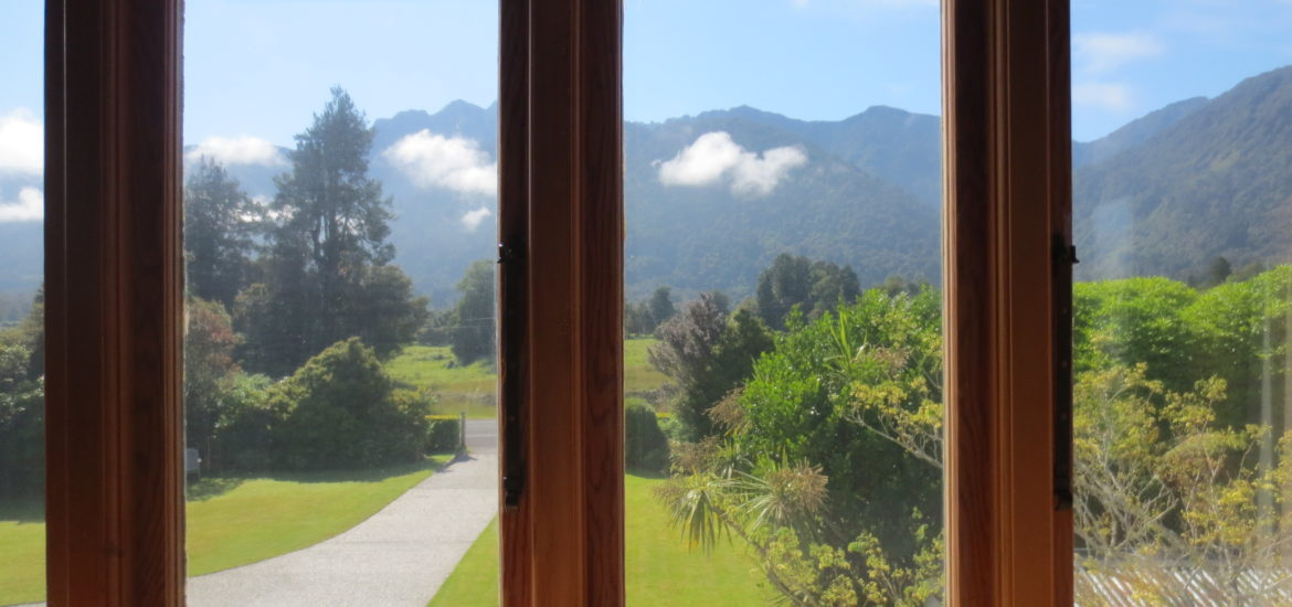 Holly Homestead room view